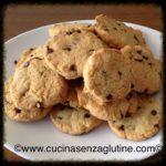 Biscotti senza glutine con farina di riso e gocce di cioccolato