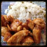 Pollo alle mandorle e riso alla cantonese